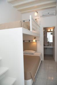 Asimina, Guest houses  Tourlos - big - 30
