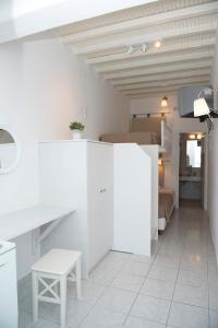 Asimina, Guest houses  Tourlos - big - 29
