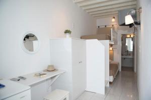 Asimina, Guest houses  Tourlos - big - 10