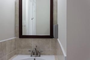 Standard Triple Room with Shared Bathroom