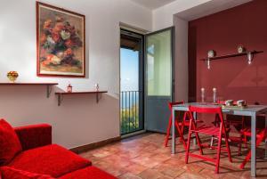 Nake Residenza Artistica, Penzióny  Sant'Alfio - big - 3
