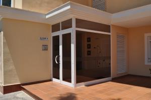 Apartamentos Kasa25 Golf & Beach Hoyo 18, Appartamenti  Alicante - big - 3