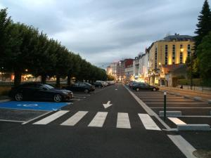 Appart'hôtel Saint Jean, Apartmanhotelek  Lourdes - big - 46