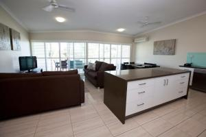 Mariners North Holiday Apartments, Apartmánové hotely  Townsville - big - 7
