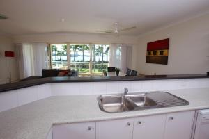 Mariners North Holiday Apartments, Apartmánové hotely  Townsville - big - 11