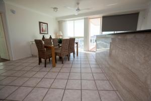 Mariners North Holiday Apartments, Apartmánové hotely  Townsville - big - 19