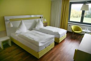 Hotel Ullrich, Hotely  Elfershausen - big - 6