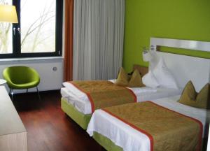 Hotel Ullrich, Hotely  Elfershausen - big - 7