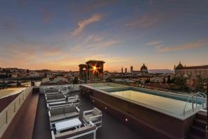 Plaza Hotel Lucchesi - AbcFirenze.com