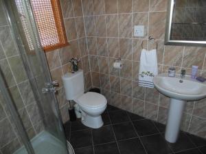 Blyde River Cabin Guesthouse, Penziony  Hoedspruit - big - 5