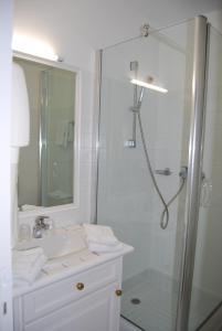 Hotel Biney, Hotely  Rodez - big - 13