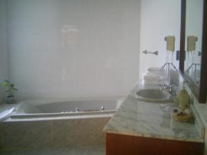 Iorana Isla de Pascua Hotel, Hotels  Hanga Roa - big - 18