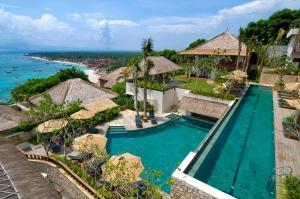 Batu Karang Lembongan Resort and Day Spa, Resorts  Lembongan - big - 1