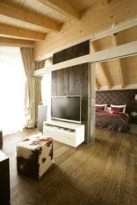 Hotel Maximilian, Hotely  Oberammergau - big - 15