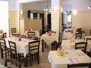Albergo Il Terrazzino, Отели  Вибо Валентия Марина - big - 50