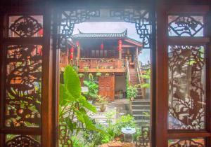 Lijiang Yu Shu Tang Inn, Vendégházak  Licsiang - big - 10