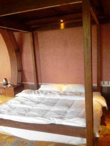 Lijiang Yu Shu Tang Inn, Affittacamere  Lijiang - big - 24