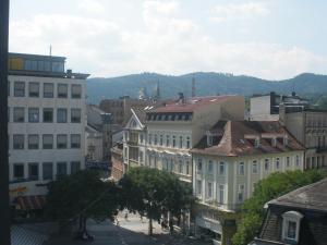 Dependance am Blumenbrunnen, Apartmány  Baden-Baden - big - 3