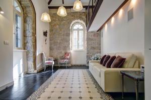 Best Location Historic Apartment