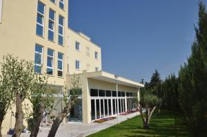 Grand White City Hotel, Отели  Берат - big - 44
