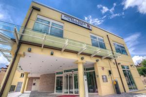 Hotel Il Duca Del Montefeltro - AbcAlberghi.com