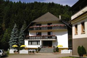 Gasthof Krone, Hostince  Schuttertal - big - 3