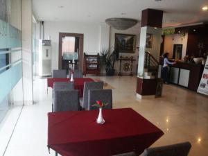 Imperial Hotel, Отели  Kendari - big - 39