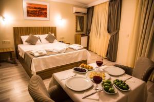 Berlin Hotel Nisantasi, Szállodák  Isztambul - big - 19