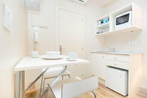 AinB Gothic-Jaume I Apartments, Апартаменты  Барселона - big - 30