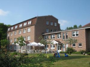 Hotel Graf Balduin, Szállodák  Esterwegen - big - 10