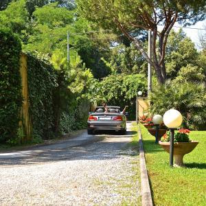 Hotel Villa Fiorisella, Szállodák  Marina di Massa - big - 33