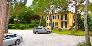 Hotel Villa Fiorisella, Szállodák  Marina di Massa - big - 30