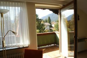 Hotel Garni Brunnthaler, Hotel  Garmisch-Partenkirchen - big - 18
