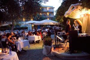 Hotel Eden Park, Отели  Диано-Марина - big - 50