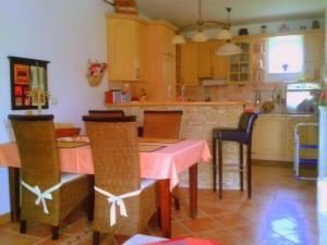 Rustica Villa Apartman, Apartmány  Hévíz - big - 4