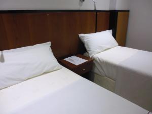 Hotel Athos, Szállodák  Buenos Aires - big - 54