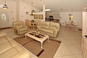 Flexible Pay Vacation Homes, Nyaralók  Kissimmee - big - 137