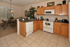 Flexible Pay Vacation Homes, Nyaralók  Kissimmee - big - 136