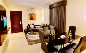 Hayat Home Hotel Al Wadi, Aparthotels  Riad - big - 3