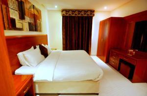 Hayat Home Hotel Al Wadi, Aparthotels  Riad - big - 14
