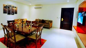 Hayat Home Hotel Al Wadi, Апарт-отели  Эр-Рияд - big - 12