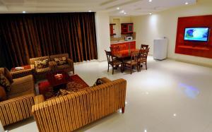 Hayat Home Hotel Al Wadi, Апарт-отели  Эр-Рияд - big - 5