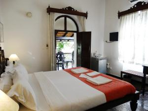 WelcomHeritage Panjim Pousada, Bed and breakfasts  Panaji - big - 4