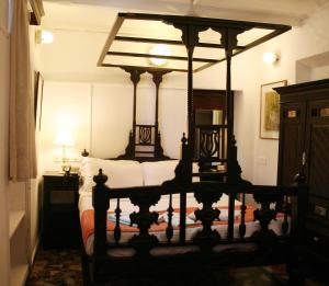 WelcomHeritage Panjim Pousada, Bed and breakfasts  Panaji - big - 5