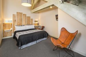 Double Deluxe Attic Room (Air-Conditioning)