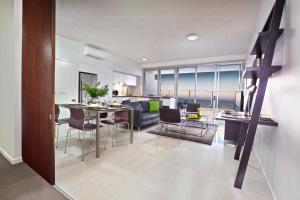 Oshen Apartments Yeppoon, Apartmanhotelek  Yeppoon - big - 2
