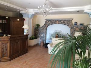 Prenota Hotel Villa Delle Meraviglie