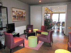 La Fête au Palais, Hotels  Lustin - big - 23