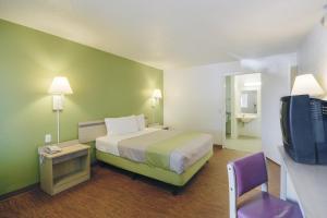 Motel 6 Houston-Baytown East, Hotels  Eldon - big - 13