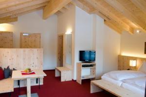 Der Waldhof, Hotely  Sankt Anton am Arlberg - big - 3